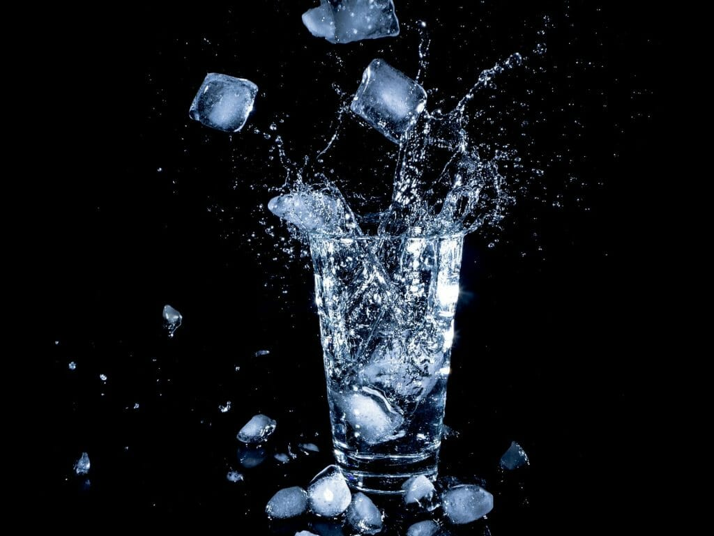 Ayurvedic Lifestyle – Why to Avoid Cold or Ice Water